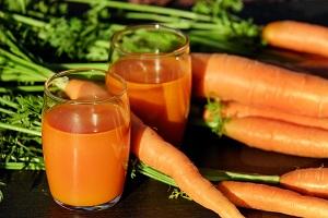succo di carote fatto con un estrattore,ricetta